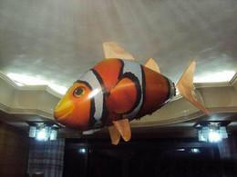 2016 новые горячие продажи! Новое Поступление RC Воздушных Пловцов, Летающий Clownfish Радио Пульт Дистанционного Управления Бесплатная Доставка от Поставщики летучая рыбная игрушка оптом