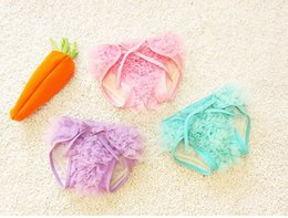 Wholesale panties baby girls - PrettyBaby Baby Girls Toddler Holiday Ruffle Lace Bloomers Diaper Cover Reusable Diapers Training Panties high quality 3 colors