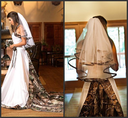 Wholesale Camo Cheap - Two Layers Camo Bridal Veils Cheap Price 2018 Simple Unqiue Design Sexy Style Free Shipping Custom Made Hot Sales High Quality