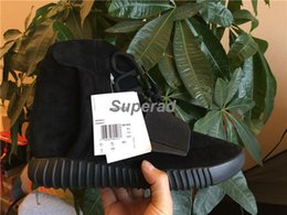 Wholesale Shoes Height Increasing Fashion Boots - New Basketball Shoes Boost 750 Triple Black Women Men Kanye West shoes Classic Sports Running Fashion Sneaker Boots With Original Box