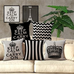 Wholesale cover crown - Classic retro black and white geometric models pillow case cushion Crown Tower pillowcase Creative pillow cover Decorative 240444