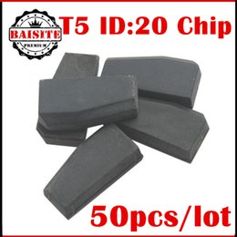 Wholesale T5 Best Price - Free shipping original 50pcs lot t5 id20 car transponder chip best price ceramic t5 ID:20 cloneable keys transponder chip hot sales