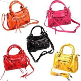 Wholesale Handbags Babies - Kids Girls Handbags Baby Girls Messenger Bags Infant Girls Vintage Mini Pu Leather Shoulder Bag 2017 Children Bags Accessories B801