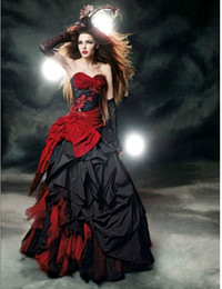 Красная тафта онлайн-Красные и черные готические свадебные платья 2019 милая бант кружева драпированные тафты старинные свадебные платья vestido de noiva на заказ W102 горячая распродажа