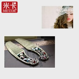 Wholesale Wholesale Hair Online - Wholesale- ME'COR Hair Comb Europe&USA Retail Retro Sophisticated Small Butterfly and Dragonfly Craftsmanship Metal Comb Gifts Online 15g