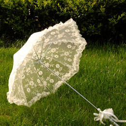 Wholesale Children Lace Parasols - White Lace Parasol Wedding Party Bride Lace Umbrella Children Dancing Props Craft Lace Embroidery Umbrella Stage Performance Party Gifts