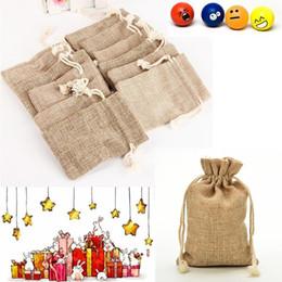 Wholesale burlap sacks - Wholesale- Christmas Party Burlap Jute Sacks Vintage Weddings With Drawstrings Gift Bags Packaging Bag Party Favor Jewelry Packaging Bags