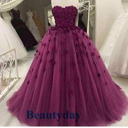 15 vestidos de corset de cristal on-line-Borgonha Quinceanera Vestidos 2019 Modest 3D Flores Doce 16 vestido de Baile Cristais Espartilho Voltar Debutante Vestidos de Tule Vestidos De 15