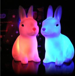 base all'ingrosso di cristallo chiara Sconti Regalo divertente del giocattolo del capretto del bambino Bambino bello che cambia colore automatico che cambia la luce notturna della lampada della casa del LED della decorazione del partito