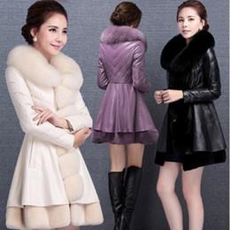 2019 moda casacos de pele mulheres 2017 moda inverno das mulheres de luxo falso casaco de pele socialite grosso jaqueta de couro quente parkas casacos de pele de carneiro de qualidade Superior desconto moda casacos de pele mulheres