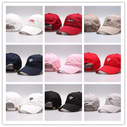 Wholesale Red Hot Balls - Hot Brand Design Diamond Visor Snapback Hats For Men women Summer Cotton Baseball Cap Outdoor Sport suprem Peaked bone 6 panel Caps