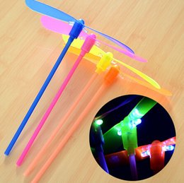 Wholesale Rotor Led - Free Shipping LED Flash Bamboo Led Toy New Glow Lights Toys Dragonfly Flying Rotor WJ0234