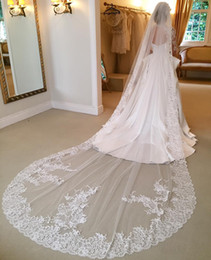 Wholesale Lace Wedding Veils For Sale - Hot Sale One Layer 3 Meters Long Bridal Veil With Lace Appliques Cathedral Length Wedding Veils With Comb For Bridal Wedding Accessories