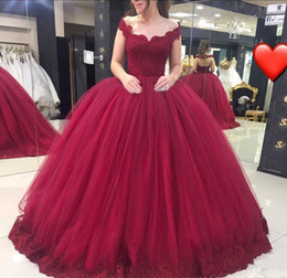 Wholesale Cheap Long Sweet 16 Dresses - Vestido De 15 Anos 2018 Burgundy Sweet 16 Dresses V Neck Lace Applique Tulle Ball Gown Quinceanera Dress Prom Evening Pageant Wear Cheap