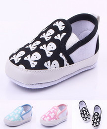 Wholesale Skull Baby Shoes Canvas - toddler shoes Baby Shoes Printed Skulls Soft Sole Toddler Slip-on Baby Doll Infant Baby PU Leather First Walker Shoes