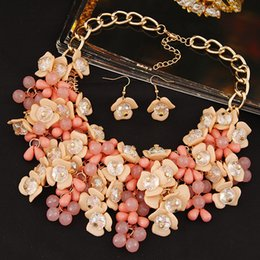 Wholesale Pink Flower Choker - New Gold Plated Jewelry Set Crystal Flower Choker Statement Necklace Earrings Set Jewelry For Women Bijoux Party Accessories