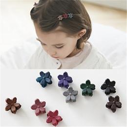 Wholesale Cute Hair Bangs - Acrylic Flower Mini Kids Hair Claws Cute Children Hair Accessories girl's Small Hair Jewelry Bangs Hairpins Side Hair Clip Headwear B210
