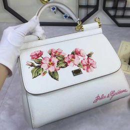 Wholesale Ladies Doctor Bag - 17DG wrist strap bag shoulder strap Mafia leather casual embroidery ladies handbag