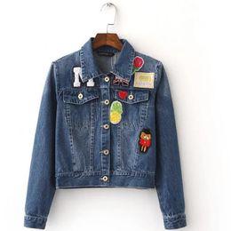 Slim fit denim chaqueta mujer online-Denim Bomber Jacket para las mujeres Insignias de Harajuku Embellecido Llegadas Escudo Slim Fit de estilo coreano