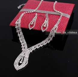 Wholesale Sliver Bridal Jewelry Sets - 2016 Fashion Jewellery Sliver Plated Rhinestone Necklace Earrings Bridal Accessory Crystal wedding supplies