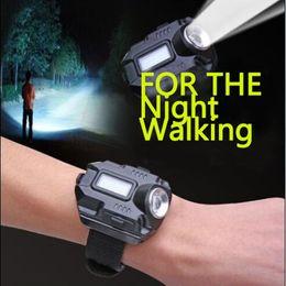 светодиодный литий-ионный Скидка CREE светодиодные часы фонарик использовать перезаряжаемые литий-ионный аккумулятор факел свет лампы LED Wristligh с Micro USB кабель