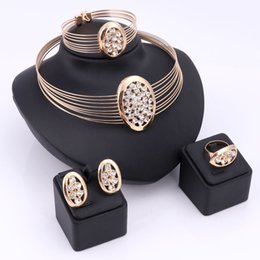 Wholesale Jewelry Dubai White Gold - Big Nigerian Wedding African Beads Jewelry Sets Crystal Fashion Dubai Gold Silver Plated Jewelry Sets For Women Costume Design