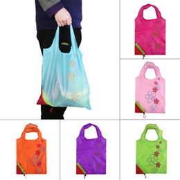 Wholesale Strawberry Fabric Wholesale - 300pcs Waterproof Eco Storage Handbag Strawberry Foldable Shopping Bags Beautiful Reusable Bag Housekeeping Organizer High Quality ZA0738