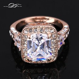 Wholesale Diamond Luxurious - Exaggerated Luxurious Swiss Imitation Crystal Wedding Finger Rings Wholesale 18K Gold Plated CZ Diamond Jewelry For Men and Women DFR300
