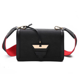 Wholesale Celebrity Brand Handbags - chain brand new lady shoulder bag famous celebrity party bag women shoulder bag cluth bags female lady shoulder handbag for normal