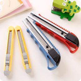 Herramienta de corte de papel de gran tamaño para cuchillos artísticos creativos para papel tapiz, tamaño pequeño Sharp Blade portátil desde fabricantes