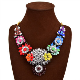 Wholesale Multi Colored Agate - Floral Colorful Rhinestone Trendy Multi-colored Flowers Big Eye-catching Lady's Women's Long Fashionable Statement Necklace