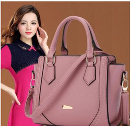 Wholesale Handbags Smiley - 2017 Spring Smiley Real Leather Tote Bag Women Trapeze Fashion Designer Handbags High Quality Ladies Bags Vintage Crossbody Bags