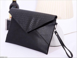 Wholesale Exclusive Handbags - 2016 Korean Version Of The Black Cool Envelope Bag PU Leather Handbags Leisure Package Exclusive Special Wholesale Deals