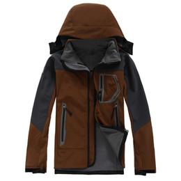Wholesale Men Ski Fleece - 2017 Brand Men Outdoor Fleece Thermal Hiking Jacket Soft shell Waterproof Moutain Climbing Ski Windstopper Coldproof Jackets