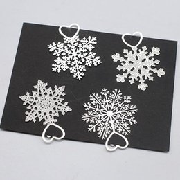 Wholesale Paper Wedding Bookmarks - Cute Kawaii Metal Bookmark Snowflake Book Holder for Book Paper Creative Wedding Favor Birthday Party Gift ZA4330