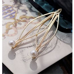 Wholesale European Hair Clips - Wholesale Simple European Women Alloy With Pearl Hair Clips Hair Accessories Gold Women Party Hair Barrettes Hair Jewelry 68