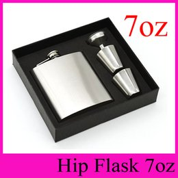 Wholesale Whisky Hip Flask Gift Set - High Grade Packaging 7oz Stainless Steel Hip Flasks With Funnel and Cups Portable Flagon 7 Ounce Whisky Alcohol Wine Pot 2016 Gift Set