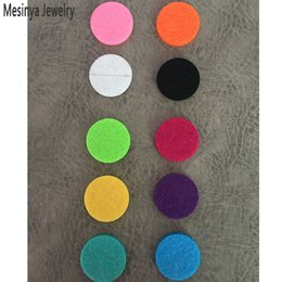 Wholesale Steel Pendant Mix - 100pcs mixed 10 Colors round 22.5mm replacement felt pads for 30mm Essential Oils Diffuser pendant Lockets Perfume Aroma Locket refill pad