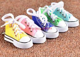 Wholesale Sneaker Mini - Mini 3D sneaker keychain canvas shoes key ring Tennis Shoe Chucks Keychain Favors