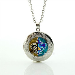 Wholesale Child Rhinestone Necklace - Attractive trendy accessory locket necklace New Orleans Saints Newest mix 32 sport champion jewelry gift for children and kidNF131