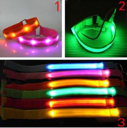 2019 sicherheitsbänder LED-Licht-Armband-leuchtende Armbänder Einseitiges grelles nächtliches Band-laufende Sicherheits-Arm-Band-Fluoreszenz-Schalter-Steuerung günstig sicherheitsbänder