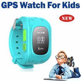 2019 i bambini guardano il telefono Smart Watch GPS Phone Q50 Orologio da polso per bambini GPS Tracker Anti-Lost Chiamata SOS Location Finding Kids Monitor Orologio di sicurezza per iOS e Android sconti i bambini guardano il telefono