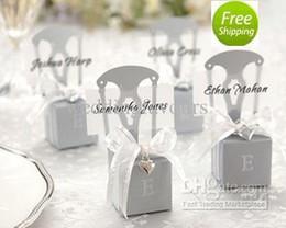 Miniature libere online-Il trasporto libero 12pcs faovrs miniatura argento sedia di favore della sedia del cuore con la carta di fascino del nastro di fascino del cuore favori di partito economici