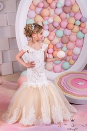 Wholesale Girls Dresses Size 2t - 2016 New Arrival Birthday Holiday Tulle Plus Size Wedding Flower Girl Dresses