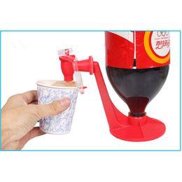 Wholesale Soda Water Dispense Gadget - Wholesale- Portable Drinking Dispenser Soda Dispense Gadget Cool Fizz Saver Water Dispenser Machine Party Supplies