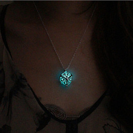 Wholesale steampunk locket necklace - Wholesale-Steampunk Pretty Magic Round Fairy Locket Glow In The Dark Pendant Necklace Gift Glowing Luminous Vintage Necklaces P1176