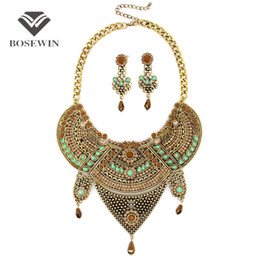 Wholesale Crystal Choker Collar - Women Vintage Jewelry Sets Bohemia Flower Design Rhinestones Collar Big Chokers With Earring Statement Jewelry Set fashion CE3813
