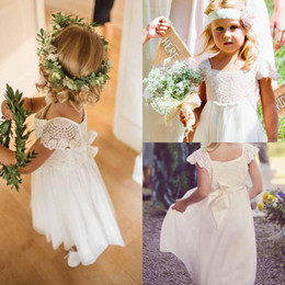 Wholesale Communion Cape - Lovely Lace Flower Girls Dresses 2017 Bateau Neck Floor Length Chiffon Cape Sleeve First Communion Dresses Girls Birthday Party Gowns