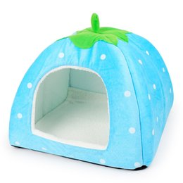 Wholesale Green Housing Designs - Fashion Design Strawberry Dogs Bed Green Leaf Handle Dog Kettle Foldable Soft Winter Small Dog House 4 Colors Cute Dog House M