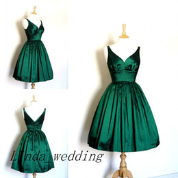 Wholesale Emerald Taffeta - Free Shipping Real Sample Picture Emerald Green Prom Dress New Arrival V Neck Short Girl Evening Homecoming Gown